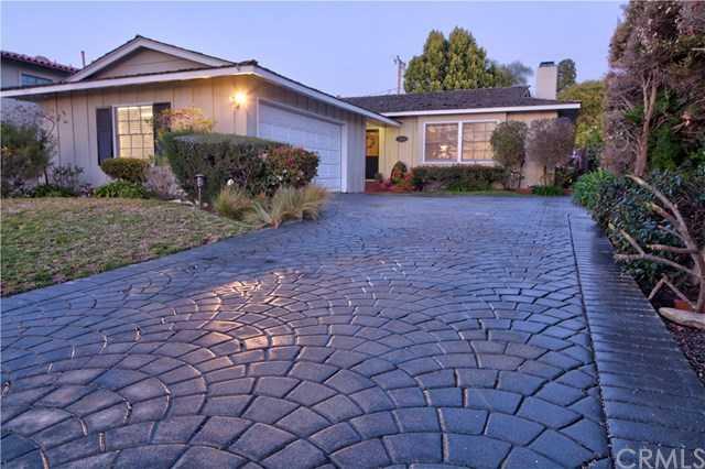 $1,650,000 - 3Br/2Ba -  for Sale in Palos Verdes Estates
