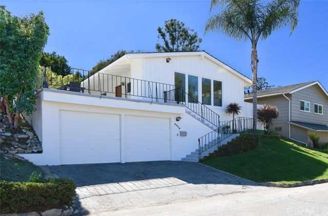 $1,350,000 - 2Br/2Ba -  for Sale in Palos Verdes Estates