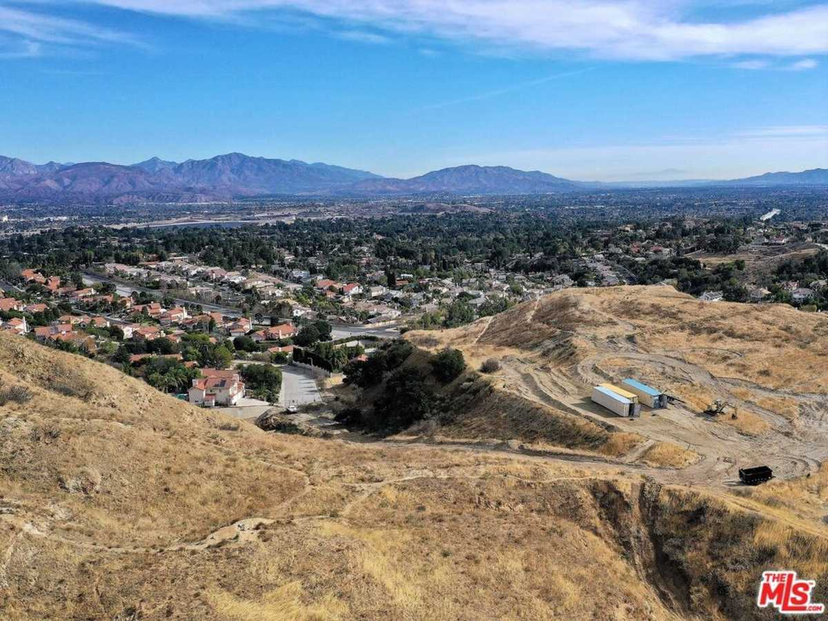 $548,000 - Br/Ba -  for Sale in Granada Hills