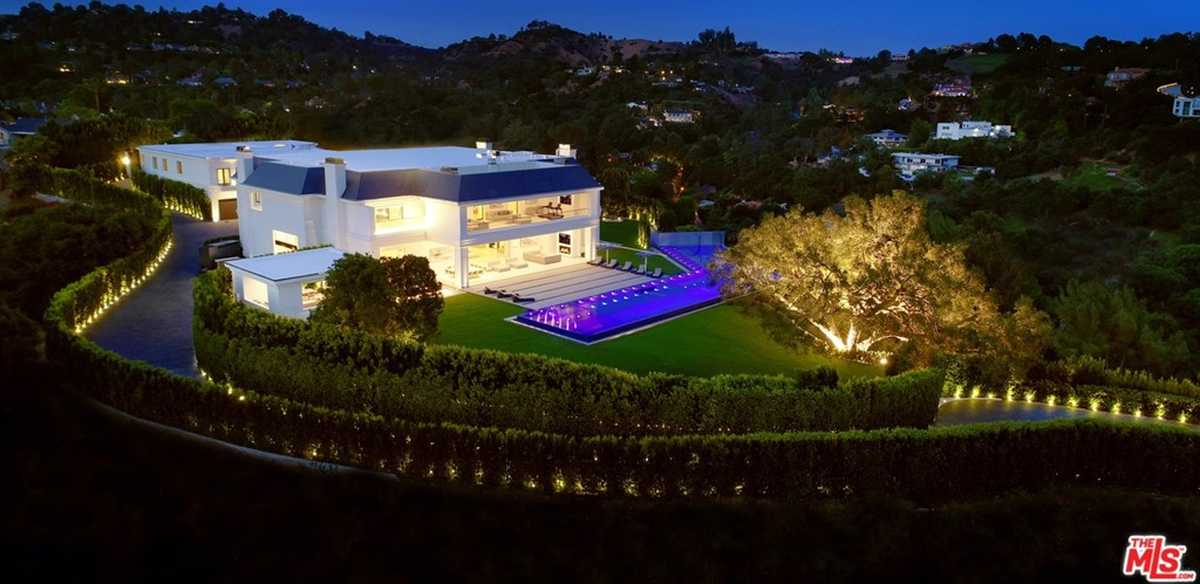 $85,000,000 - 12Br/24Ba -  for Sale in Beverly Hills