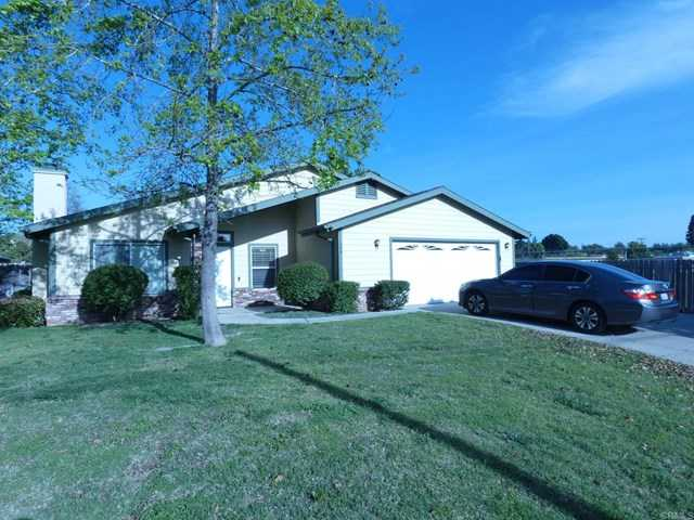 $610,000 - 3Br/2Ba -  for Sale in Fallbrook