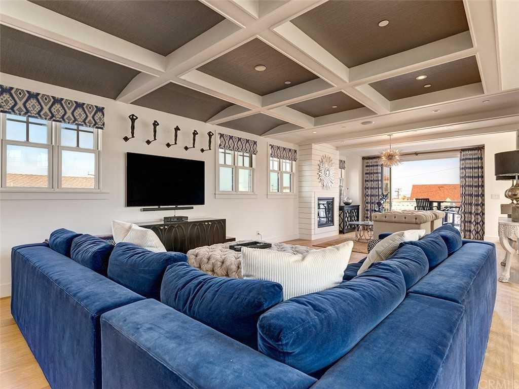 $4,870,000 - 5Br/5Ba -  for Sale in Hermosa Beach