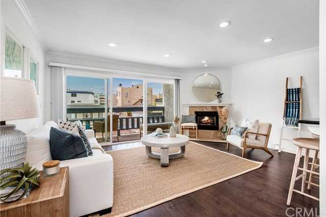 $799,000 - 1Br/1Ba -  for Sale in Hermosa Beach