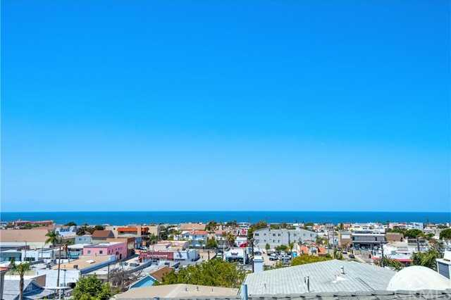 $1,899,000 - 3Br/3Ba -  for Sale in Hermosa Beach