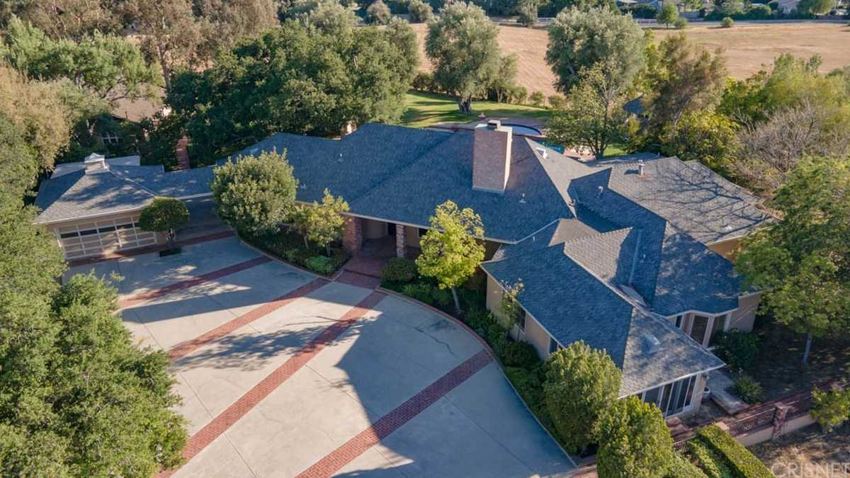 $4,995,000 - 4Br/4Ba -  for Sale in Chatsworth