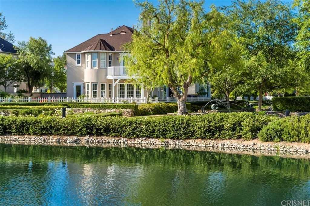 $1,350,000 - 4Br/4Ba -  for Sale in The Cove (tcove), Valencia