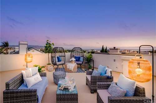 $2,225,000 - 4Br/4Ba -  for Sale in Hermosa Beach