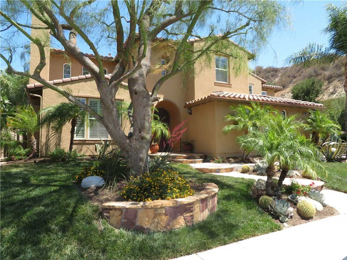 $1,479,500 - 5Br/3Ba -  for Sale in Southern Oaks Manor (somnr), Stevenson Ranch