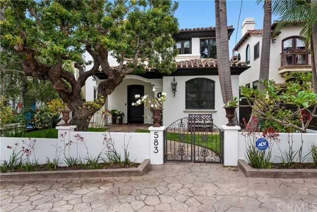 $4,100,000 - 4Br/5Ba -  for Sale in Manhattan Beach
