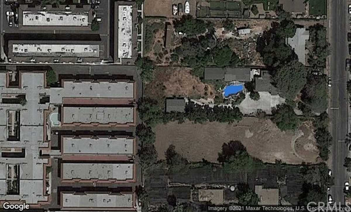 $1,070,000 - 5Br/4Ba -  for Sale in North Hills
