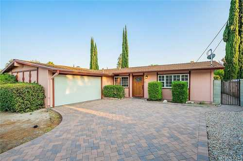 $775,000 - 3Br/2Ba -  for Sale in West Hills