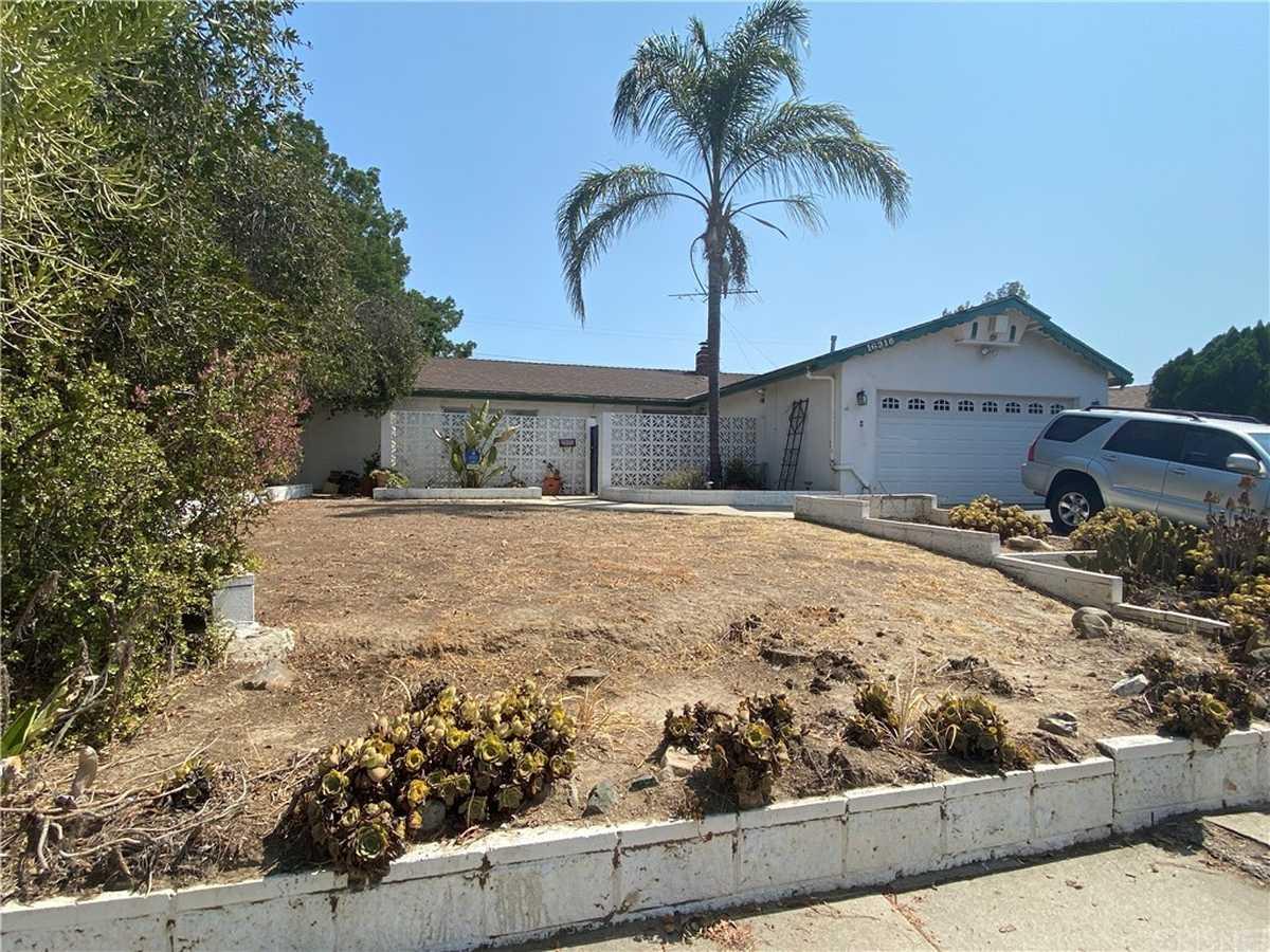$779,000 - 3Br/2Ba -  for Sale in Northridge