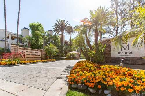 $372,000 - 1Br/1Ba -  for Sale in Woodland Hills