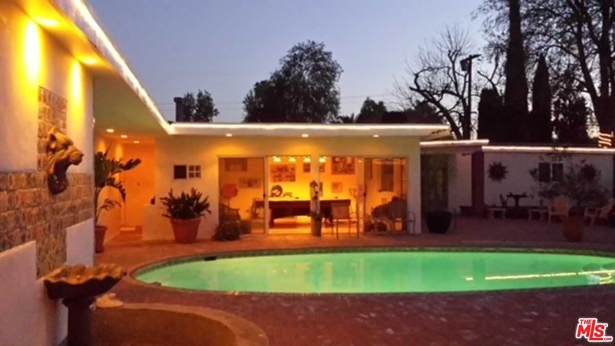 $1,329,900 - 10Br/7Ba -  for Sale in North Hills