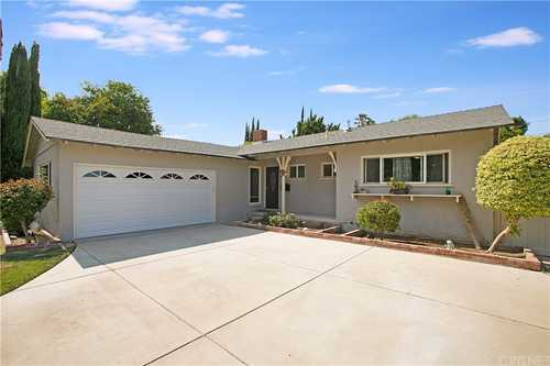 $899,000 - 3Br/2Ba -  for Sale in Woodland Hills