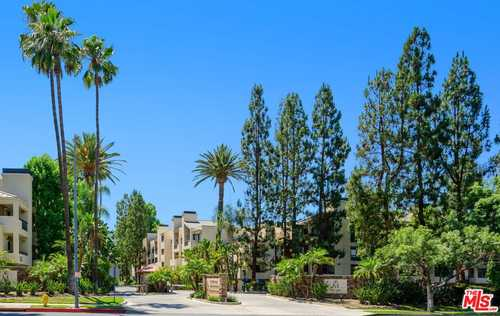 $390,000 - 1Br/1Ba -  for Sale in Woodland Hills