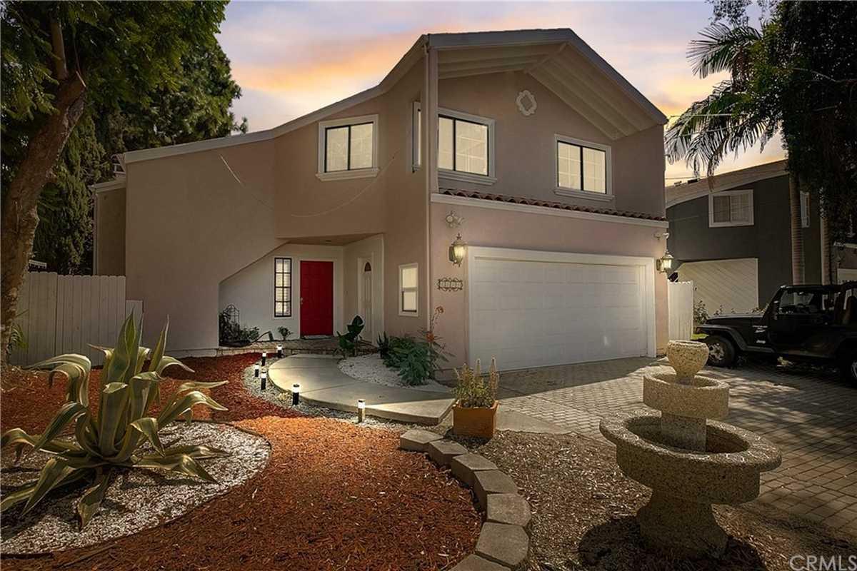 $1,099,000 - 4Br/4Ba -  for Sale in Lake Balboa