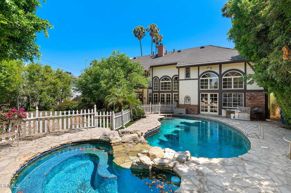 $1,499,900 - 6Br/5Ba -  for Sale in Not Applicable, Lake Balboa