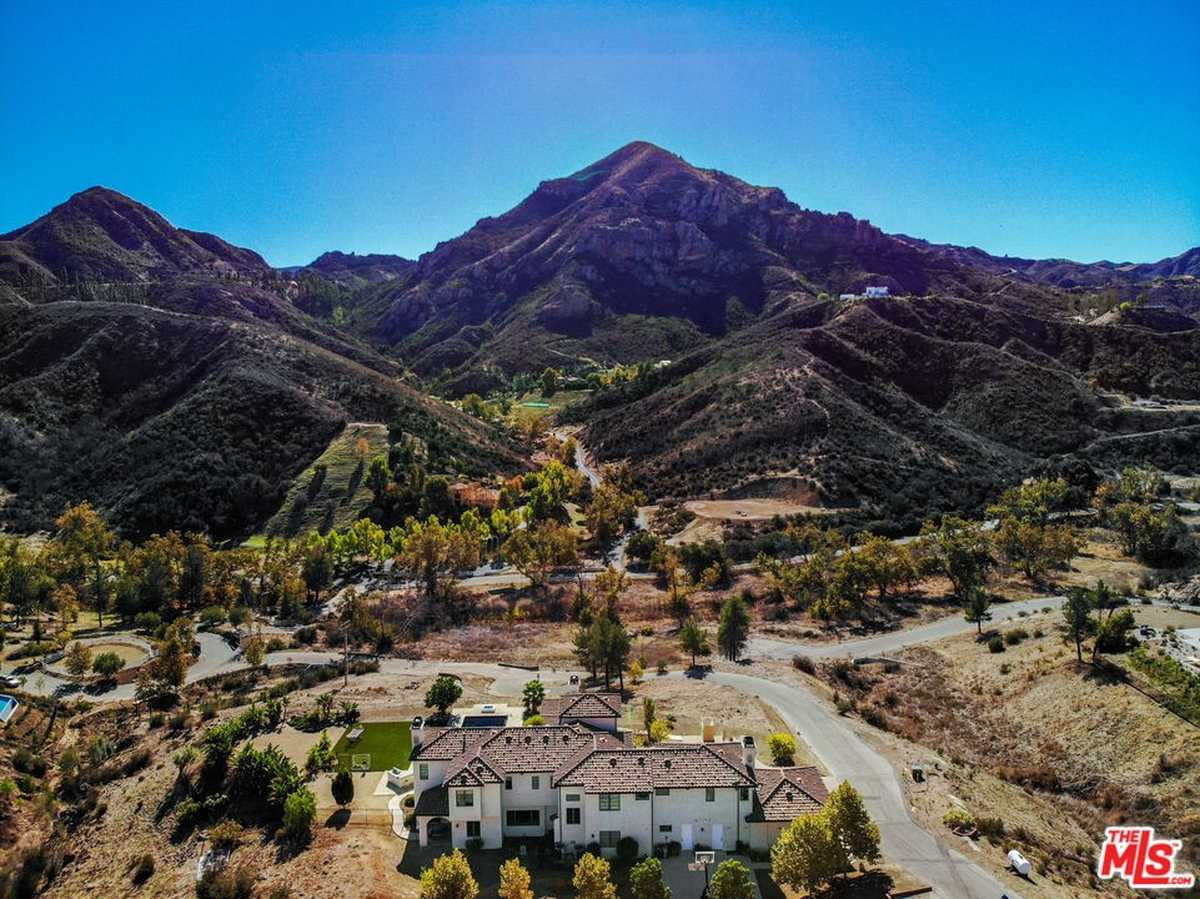 $4,895,000 - 5Br/6Ba -  for Sale in Agoura Hills