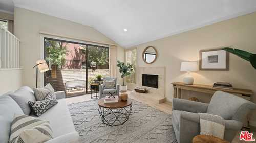 $795,000 - 3Br/3Ba -  for Sale in Woodland Hills