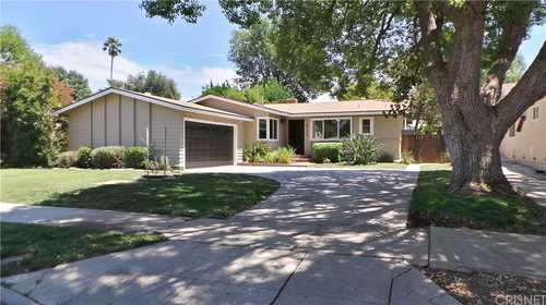 $799,000 - 4Br/2Ba -  for Sale in Woodland Hills