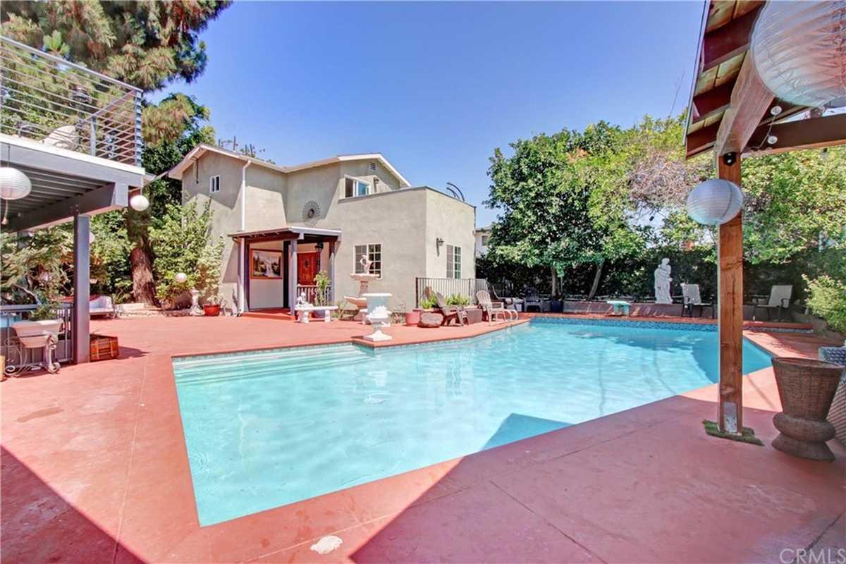 $1,288,888 - 6Br/5Ba -  for Sale in Northridge