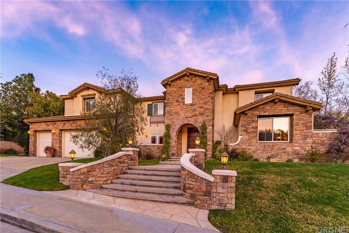 $2,089,000 - 6Br/5Ba -  for Sale in Granada Hills