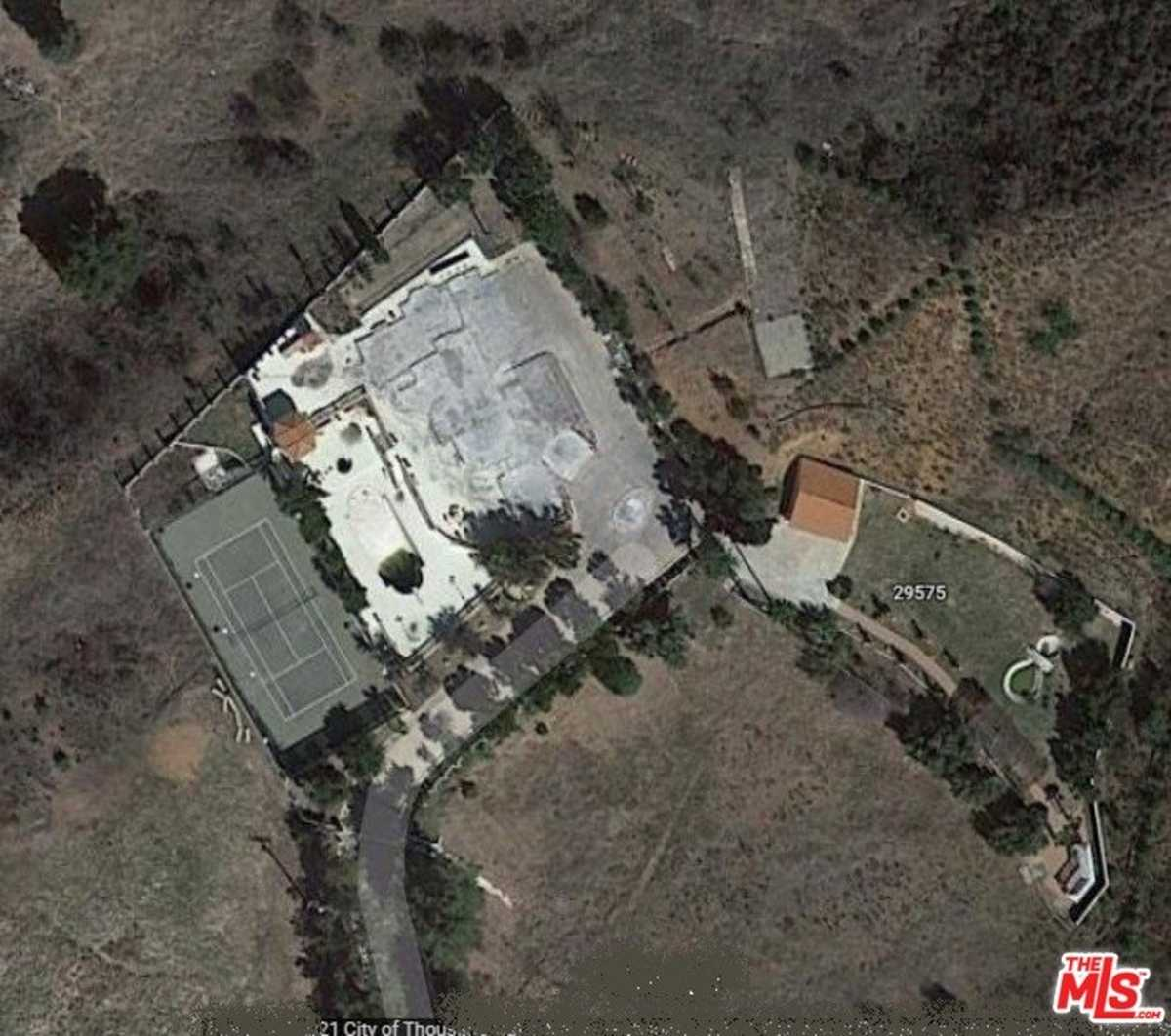 $2,999,000 - 0Br/0Ba -  for Sale in Agoura Hills