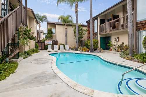 $645,500 - 2Br/2Ba -  for Sale in Torrance