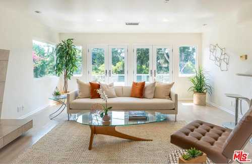 $3,200,000 - 3Br/3Ba -  for Sale in Hermosa Beach