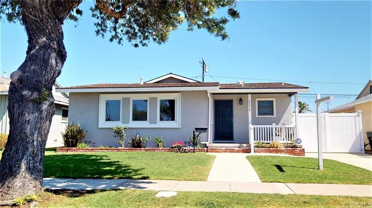 $1,049,000 - 3Br/2Ba -  for Sale in Torrance