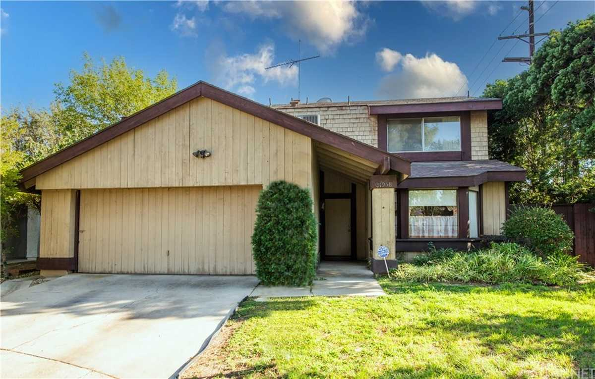 $849,900 - 5Br/3Ba -  for Sale in Chatsworth