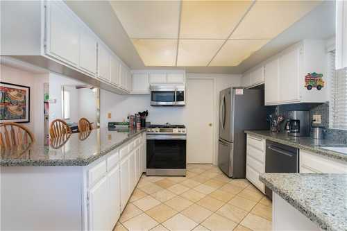 $1,695,000 - 3Br/3Ba -  for Sale in Hermosa Beach