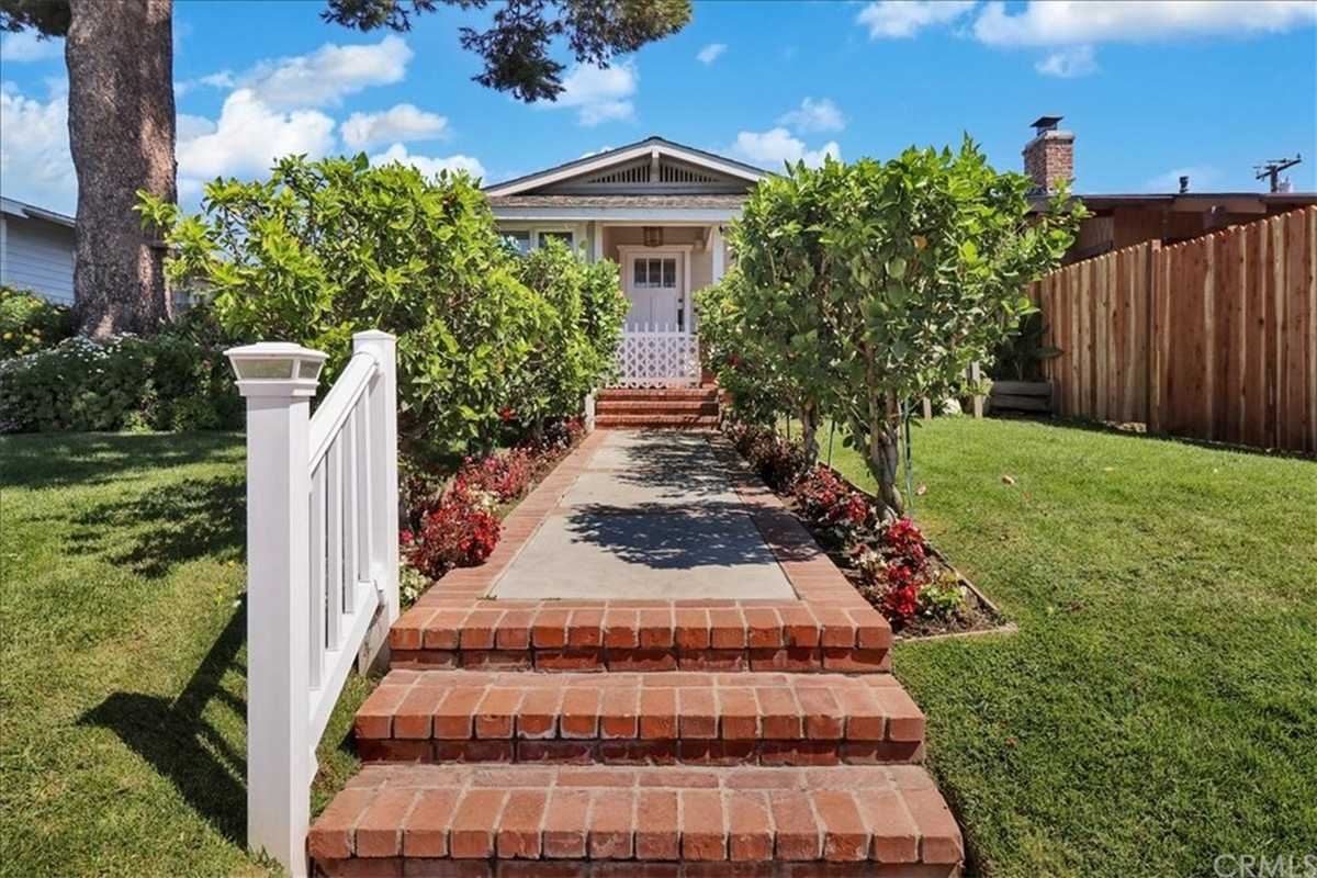 $850,000 - 2Br/2Ba -  for Sale in Torrance