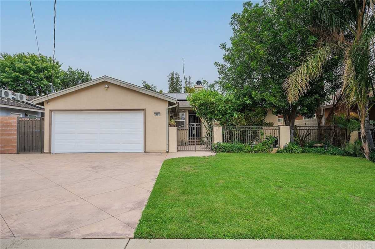 $875,000 - 4Br/2Ba -  for Sale in Northridge