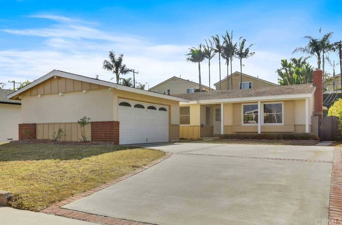 $1,250,000 - 3Br/2Ba -  for Sale in Torrance