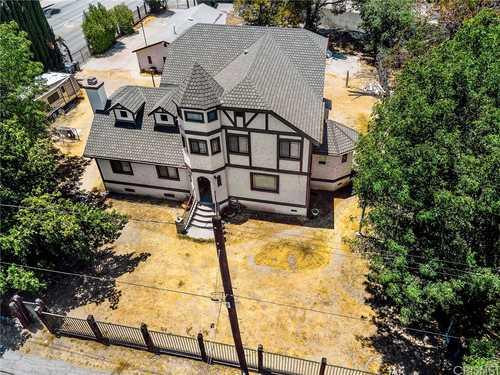 $1,099,000 - 4Br/4Ba -  for Sale in Northridge
