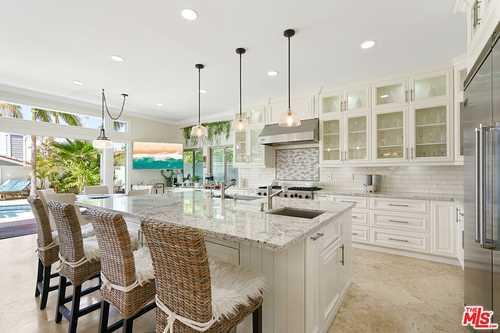 $3,999,999 - 6Br/5Ba -  for Sale in Manhattan Beach