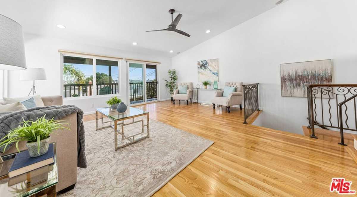 $1,449,000 - 3Br/2Ba -  for Sale in Redondo Beach