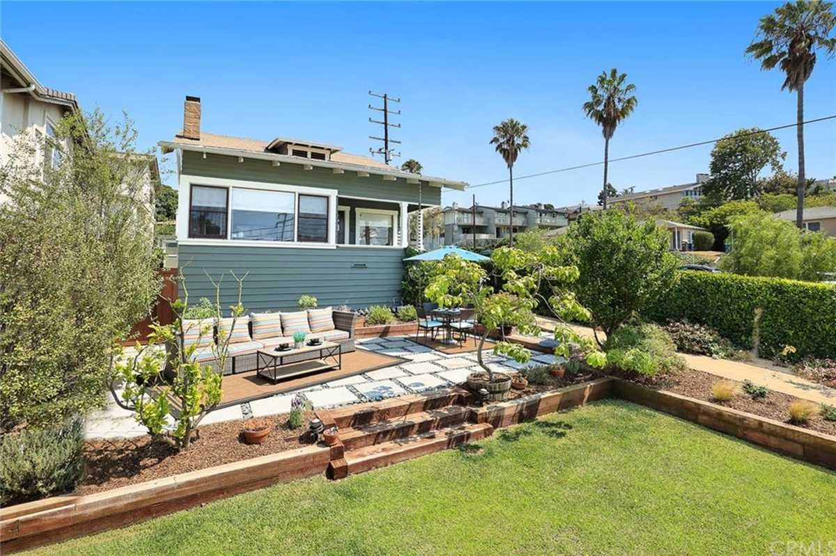$1,345,000 - 3Br/2Ba -  for Sale in Redondo Beach