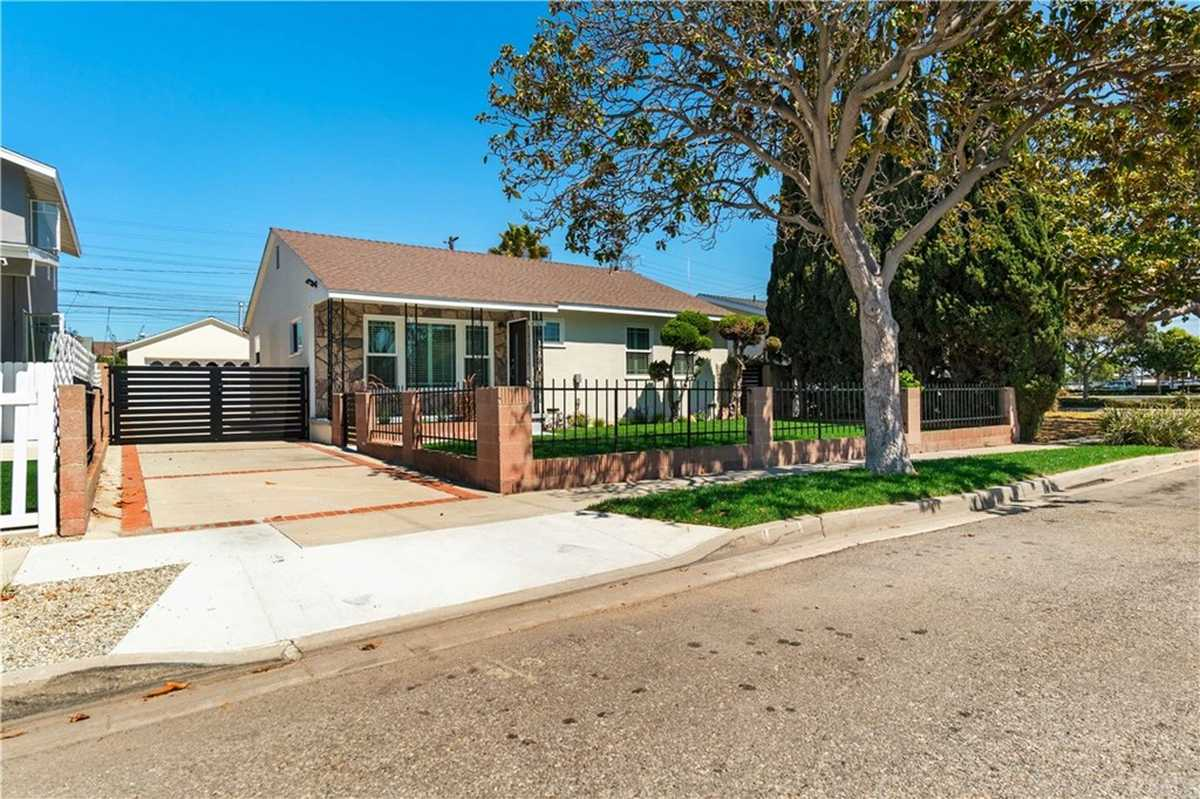 $1,149,000 - 4Br/2Ba -  for Sale in Torrance
