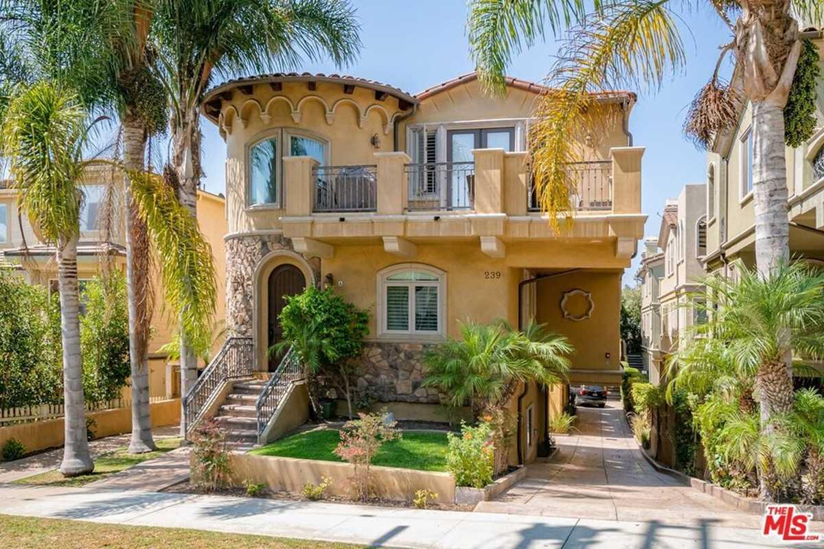$1,575,000 - 4Br/3Ba -  for Sale in Redondo Beach