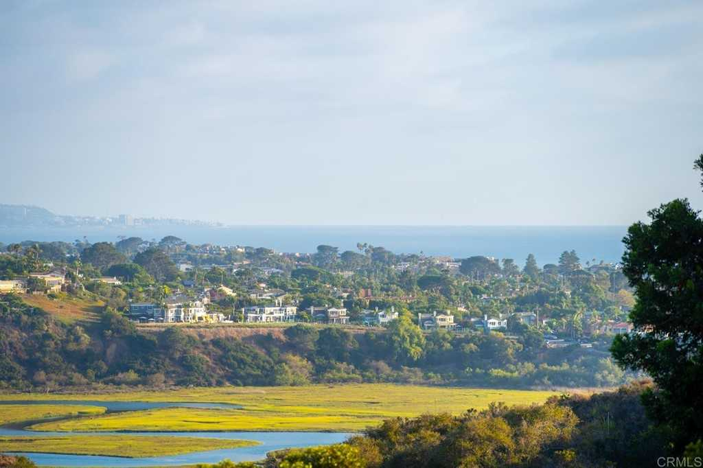 $2,575,000 - 3Br/3Ba -  for Sale in Cardiff By The Sea