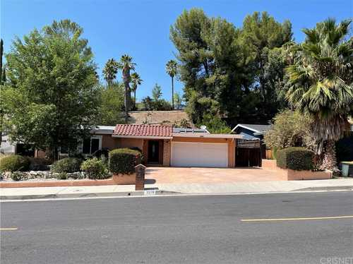 $1,049,000 - 4Br/3Ba -  for Sale in West Hills