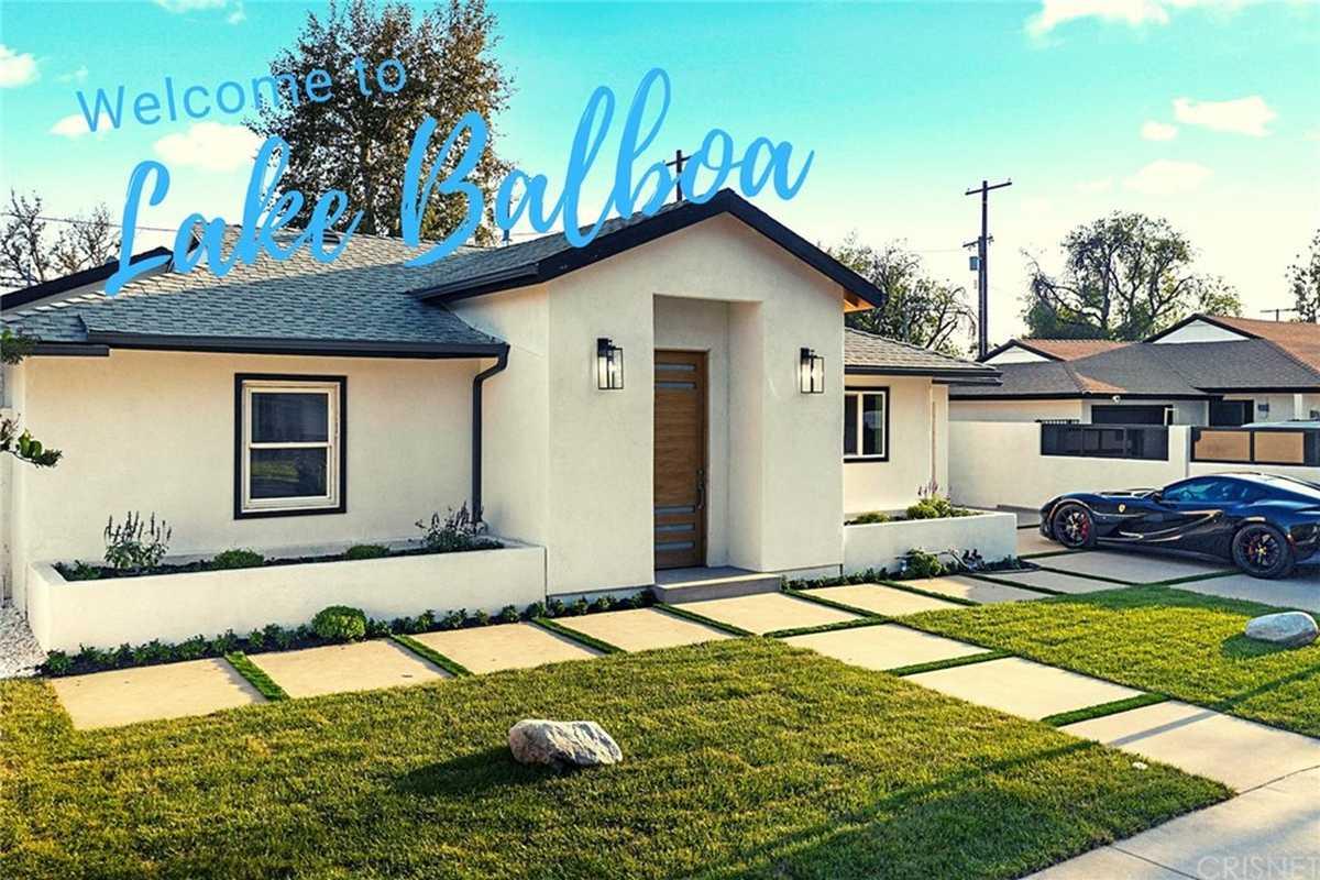 $949,777 - 3Br/3Ba -  for Sale in Lake Balboa