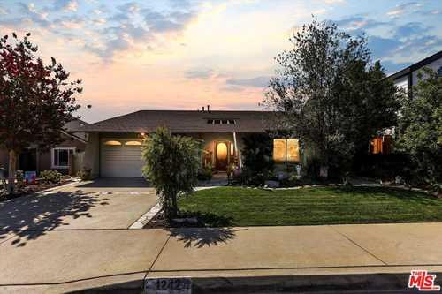 $1,090,000 - 4Br/2Ba -  for Sale in Rancho Palos Verdes