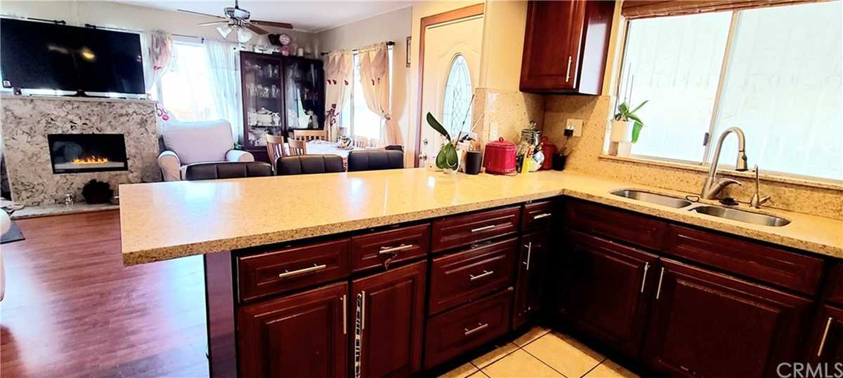 $117,000 - 3Br/2Ba -  for Sale in Torrance