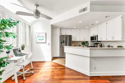 $1,200,000 - 2Br/3Ba -  for Sale in Hermosa Beach