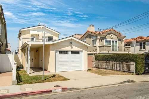 $1,350,000 - 3Br/2Ba -  for Sale in Hermosa Beach