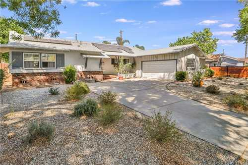 $830,000 - 4Br/3Ba -  for Sale in West Hills